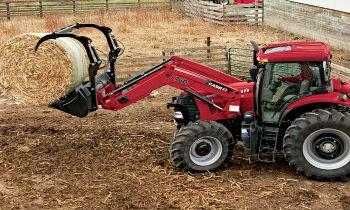 CaseIH-LoaderAttach-GrappleBuckets.jpg