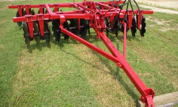CroppedImage350210-Pull-Type-Disc-Harrows.jpg
