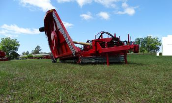 CroppedImage350210-Tiger-Red-Wing-Heavy-Duty-10-Foot-Rotary-Mowers.jpg